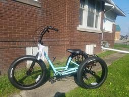 Sun Bicycles Baja Trike tricycle, aqua/black steel frame, Su