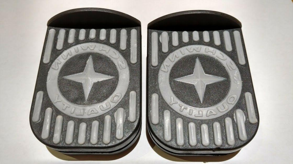 new roadster tricycle part pedals pair